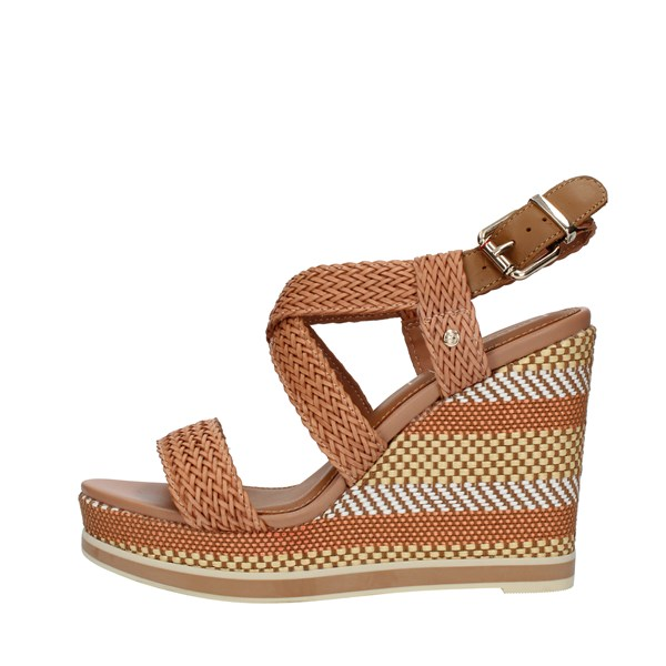 Tommy Hilfiger SANDALS WITH WEDGE Leather