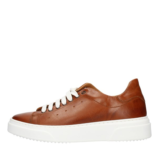 Made in Italy  low Leather