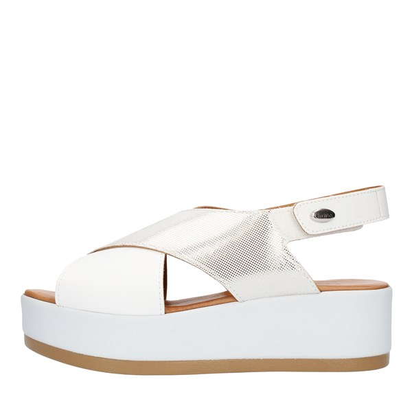 Clia Walk  With wedge White
