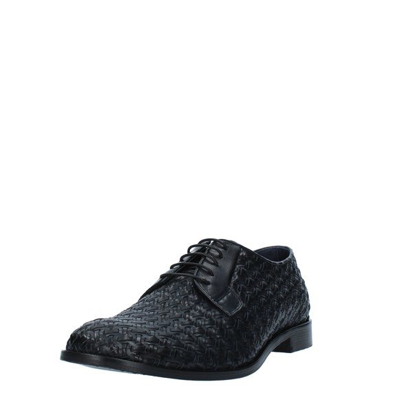 Nicol Sadler  Laced Men 0050INTR 5